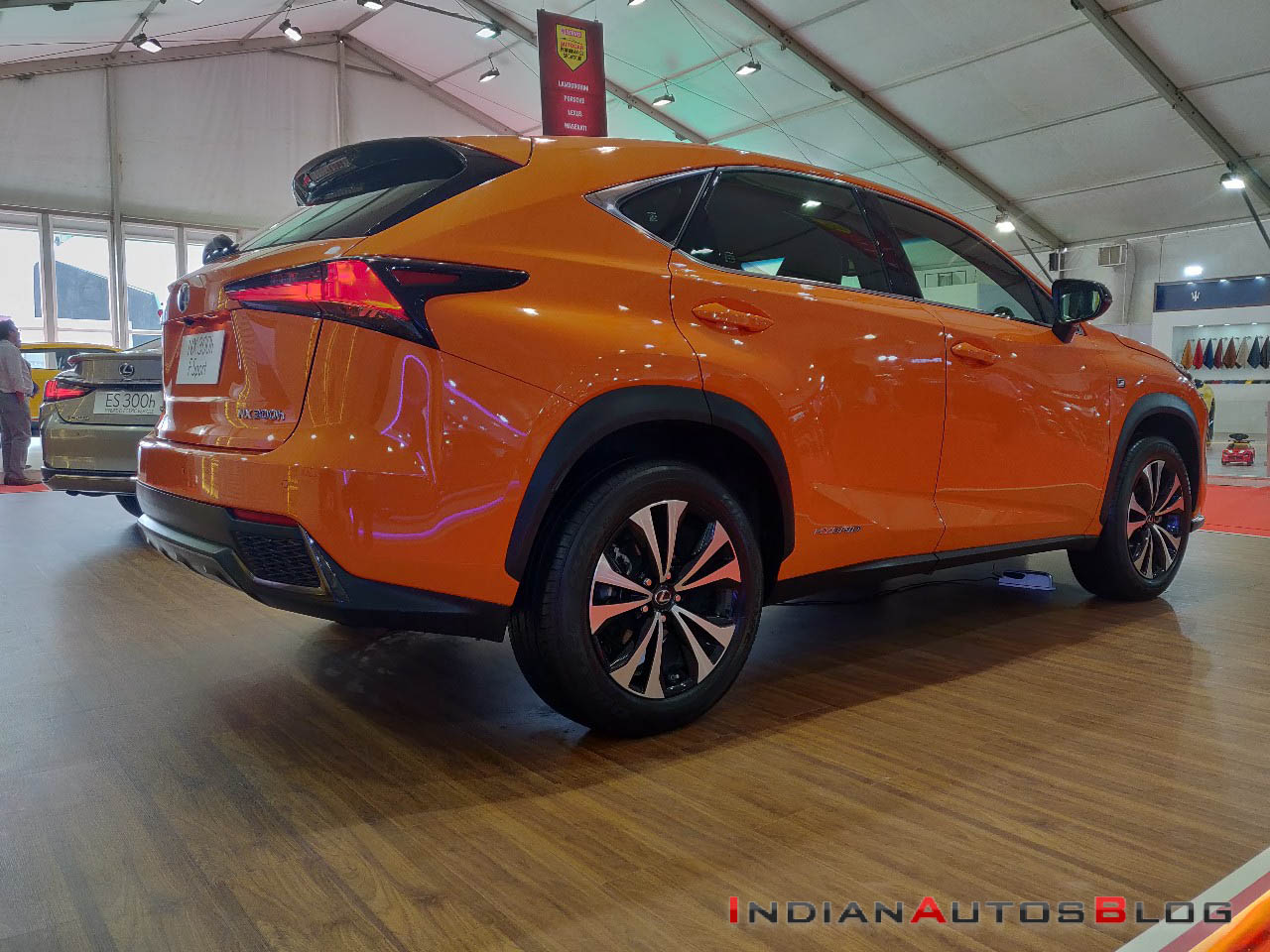 lexus nx f sport showcased at the autocar performance show. Black Bedroom Furniture Sets. Home Design Ideas