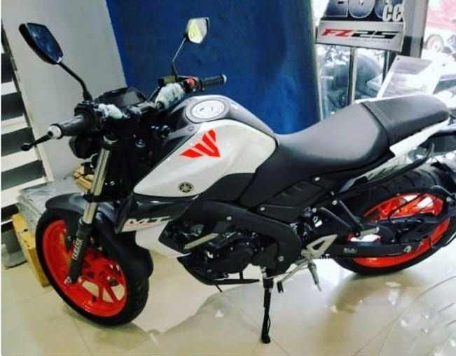 Dealer Modified Yamaha Mt 15 Gets White Colour With Orange