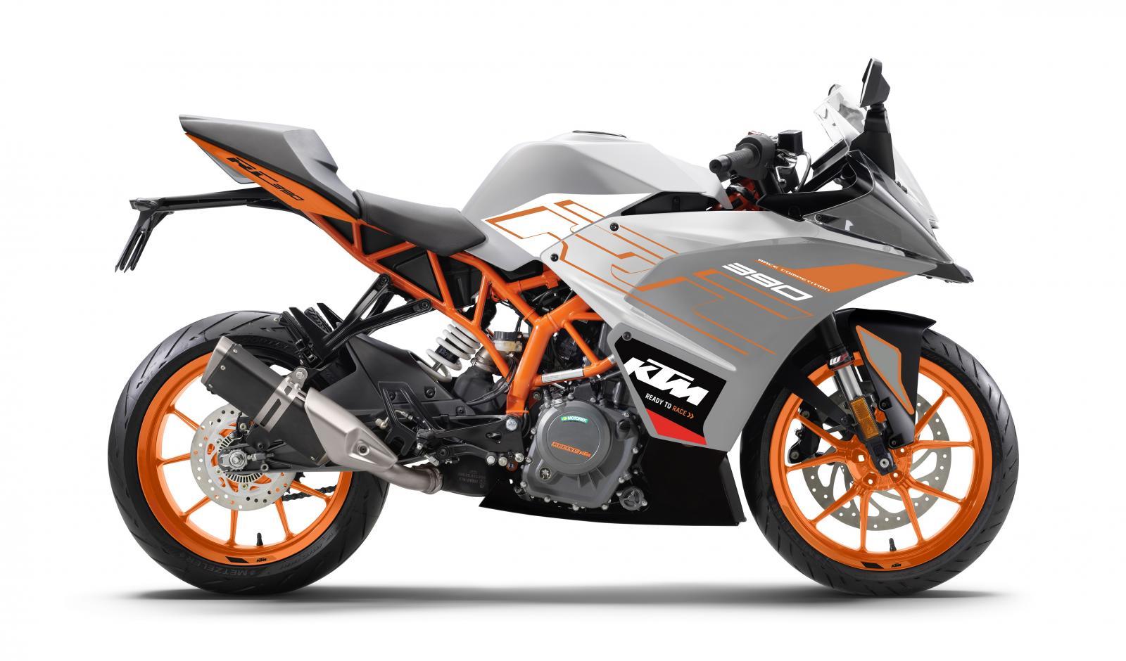 Motorrad KTM RC 390 , Baujahr: 2015, 2 km , Preis: 4.990