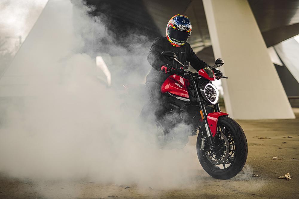 Ducati Monster 2021 san sang ra mat tai Chau A dau thang 4 - 8