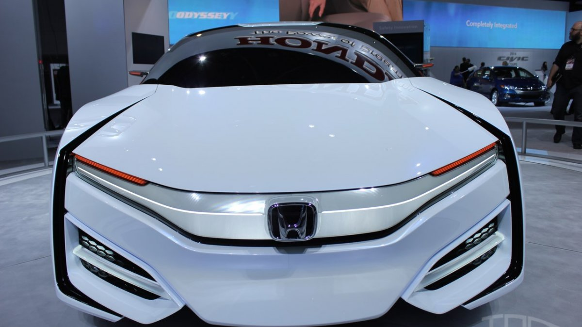Honda FCEV Concept returns in Detroit