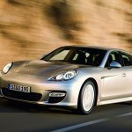 Porsche Panamera front three quarters