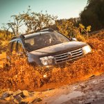 Renault Duster off-roading