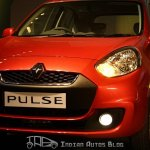 Red Renault Pulse