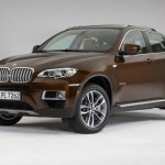 2013 BMW X6 front three quarters