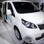 Ashok Leyland Stile front three-quarters