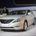 Hyundai Sonata front three-quarters