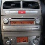 2012 Fiat Linea center console