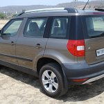 Skoda Yeti rear three quarters