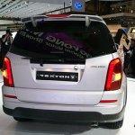 Ssangyong Rexton w rear profile