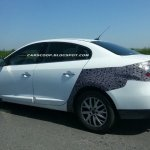 Renault Fluence facelift caught testing