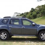 Renault Duster side profile