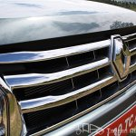 Renault Duster chrome grill