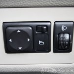 Nissan Evalia ORVMS adjustment switches