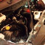 Nissan Evalia engine compartment