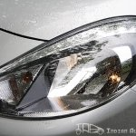 Renault Scala head lights