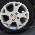 Renault Scala alloy wheel