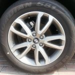 2013 Hyundai Santa Fe alloy wheel