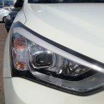 2013 Hyundai Santa Fe headlight