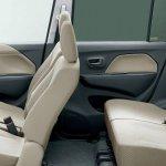 2013 Suzuki Wagon R seats