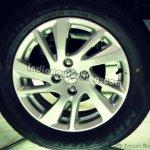 Maruti Suzuki Swift alloy wheel design ZDi
