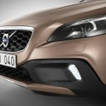 Volvo V40 Cross Country front fascia