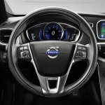 Volvo V40 Cross Country steering