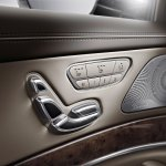 2014 Mecedes S Class center console seat adjustment