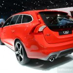 2014 Volvo V60 R-Design rear quarter