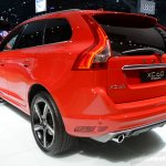 2014 Volvo XC60 R-Design rear quarter
