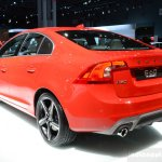 2014 Volvo 60 R-Design rear quarter