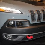 2014 Jeep Cherokee headlight and foglight