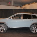 2014 Jeep Cherokee side view