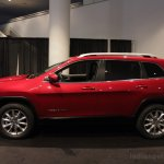 2014 Jeep Cherokee front three side profile