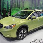Subaru XV Crosstrek front three quarters left