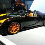 Bugatti Veyron Vitesse WRC auto shanghai live front quarter left