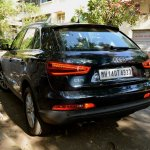 Rear profile 2 of the Audi Q3 petrol