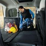 2014 Renault Kangoo flat folding rear seats