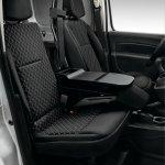 2014 Renault Kangoo front seats
