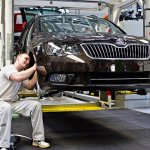 Skoda Superb facelift just in sequence axle delivery