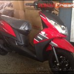 Yamaha Ray Z spied red black front three quarters