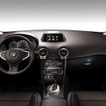 2013 Renault Koleos interior brown
