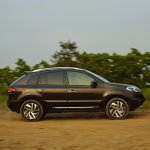 2013 Renault Koleos right side view