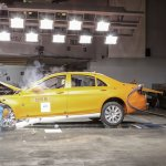 2014 Mercedes S-Class frontal impact test