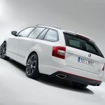 2014 Skoda Octavia RS Combi rear