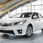 2014 Toyota Corolla European version front three quarter