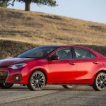 Front left three quarter 2014 Toyota Corolla