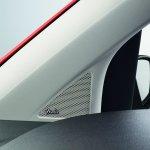 Volkswagen groove up! tweeter