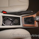 cup holders of the Volvo V40 Cross Country