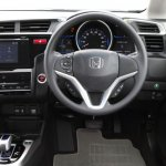 2014-Honda-Jazz-Fit-Hybrid-cockpit